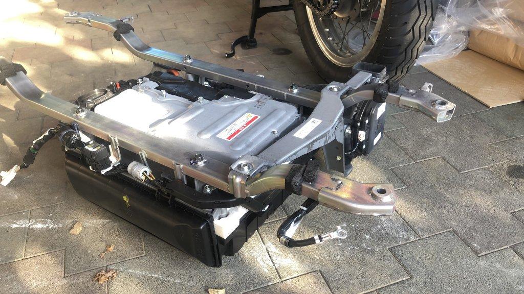 ハイブリッド車のバッテリー